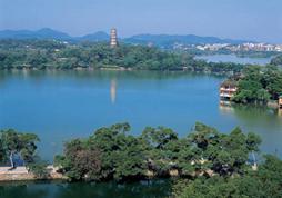 广州长隆动物王国+香港海洋公园+迪士尼乐园+奢华澳门6日游(丰富美食、乐园畅玩)