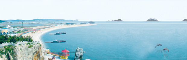神龙仙岛景区月牙湾海滨浴场